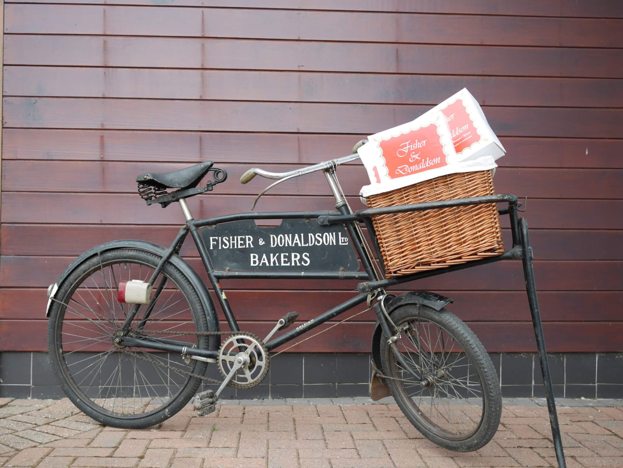 From Messenger Bike to Online Shopping